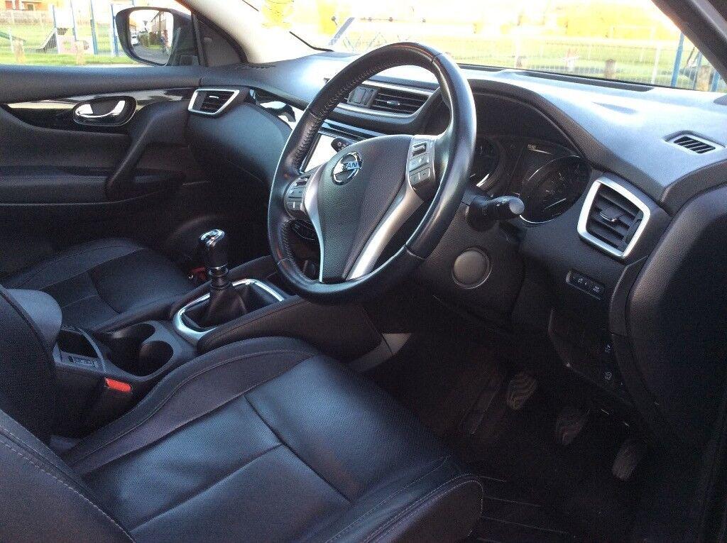 Nissan Qashqai Tekna DIG-T, Leather interior, Sat Nav, Bluetooth, Full Service History. 1 owner