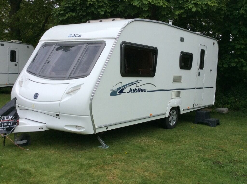 Ace Jubilee 4 berth caravan 2008 Model Globetrotter. With loads of extras must see