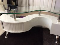 Contemporary Glass/White High Gloss 'S' Shape Coffee Table with storage and Two Stools
