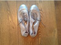 French Sole jazz flats. Size 4 (37) Never been worn
