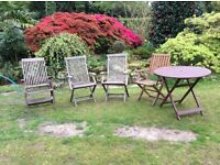 4 wooden garden chairs and table