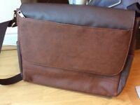 Leather satule