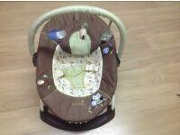 Summer Infant Cuddly Owls Bouncer (baby bouncer).