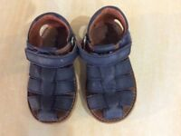 Boys leather size 6 sandles really soft cost £28