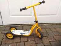 Child 3 wheel scooter