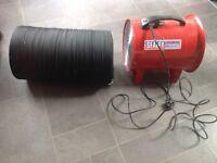 3 Sealey Portable Ventilators with Ducting. VEN300