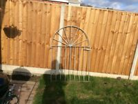 Metal garden gate 4ft tall by 3ft wide comes with 2 metal posts