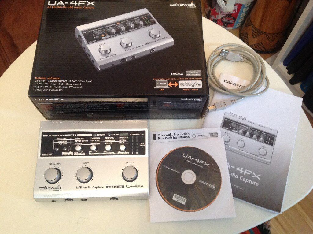 roland ua 4fx 2 input 2 output usb audio midi interface with built in effects in clydebank. Black Bedroom Furniture Sets. Home Design Ideas