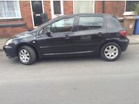 Peugeot 307 10 months mot really cheap to run everything works