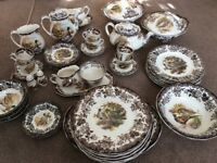 Royal Worcester dinner and tea service - Game Series