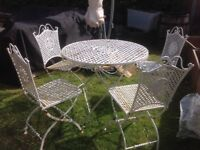 Lovely vintage cast iron metal white table & 4 chairs patio garden French style