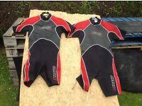Children wet suit x2