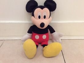 Talking & Singing Mickey Mouse