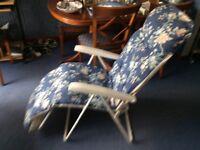 garden Lounger seats
