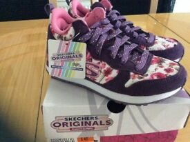 Girls Skechers gel infused memory foam shoes