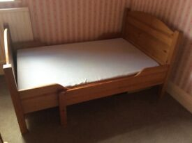 Extending bed solid wood with matress