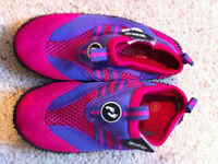 Two Bare Feet Kids Aqua Wet Shoes (Raspberry/Lilac) EU size 30/UK size 12