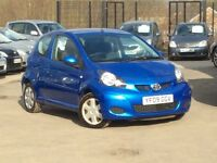 2009 Toyota Aygo 1.0 VVT-i Blue 3-door hatchback