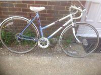 Vintage Ladies Raleigh Road/Racing Bike 5 sp