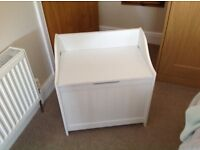 Box seat useful in bathroom or bedroom , well used.