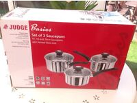 Brand new pan set!