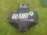 GO KART ELECTRIC GOLF TROLLEY COMES WITH BRAND NEW 18 HOLE BATTERY SMART CHARGER AND CARRY CASE