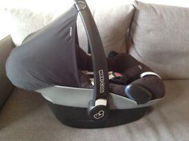 Maxi-Cosi Pebble car seat with rain cover and Baby Jogger adaptors