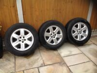 3 LAND ROVER ALLOY WHEELS AND TYRES. 235/65R17