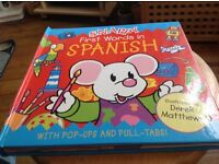 Snappy first words in Spanish book