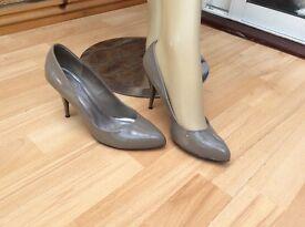 Dorothy Perkins Patent Court Shoe