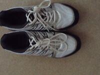 Slazenger cricket shoes size 8