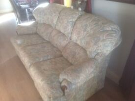 3 PIECE SUITE FREE TO A GOOD HOME