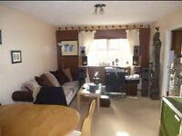 2 Bedroom Flat Close to City centre - Fully Furnished 2nd Floor - Canal Basin
