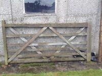 8ft x 4ft 5 Bar Wooden Diamond Braced Farm Field Entrance Pathway Gate.