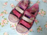 Girls size 13 Sketchers light up 'Twinkle Toes'