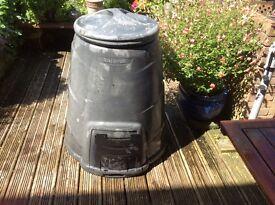 Large garden compost maker 330 Litres.
