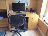 Oak veneered desk