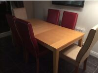 Extendable table and 6 dining chairs