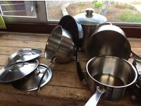 Pots stainless, selection of nice pots / pans.