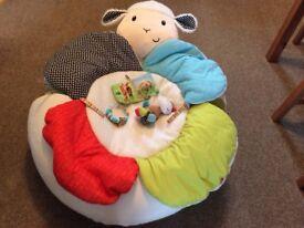 Sit me up cosy lamb