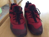 Red/brown NIKE AIR trainers size 6 good condition £5