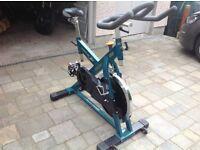 Exercise training bike Aerobike V850