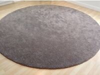 BRAND NEW LARGE RUG PAID £200 SELLING HALF PRICE!