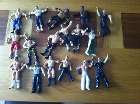 32 wrestling action figures