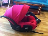 Maxi Cosi MICO AP Car Seat with isofix and quinny pram adapters