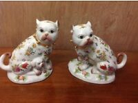 Pair of porcelain cats
