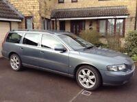 Volvo V70 2.4 SE Auto Est, Oct 04 Petrol, FSH,MOT Oct 18 excellent condition