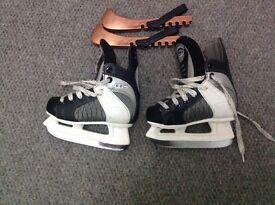 Ice skates ccm 600 powerline. Youths size 9