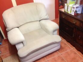 FREE soft-armed easy chair - one only; very clean and in vg condition.