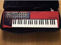Nord lead 2 Virtual Analog and travel Case